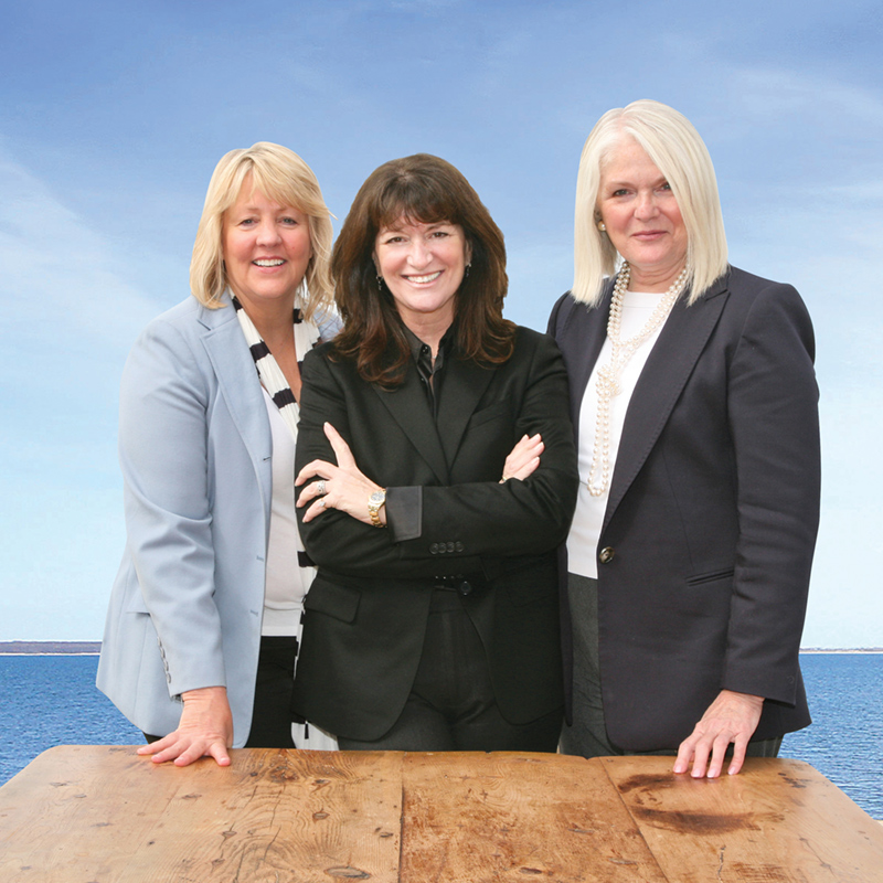 Town & Country Real Estate Partners Janet Hummel, Judi Desiderio, and Nancy McGann